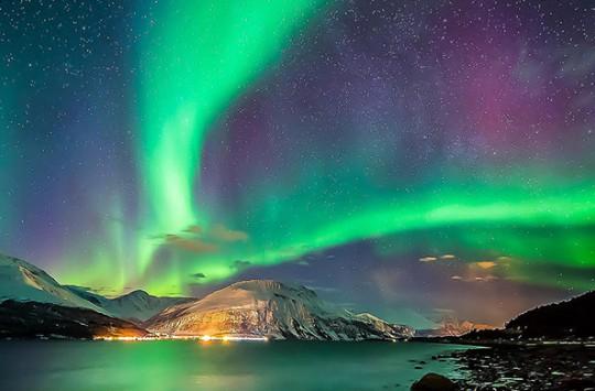 Kutup Işıklarının Tarifi Zor Güzelliği